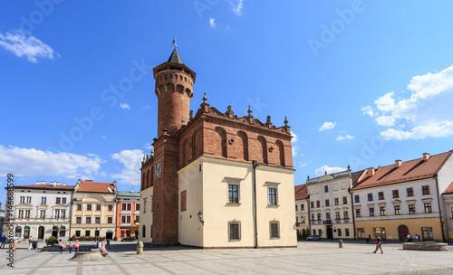 Fototapeta Tarnów, widok na renesansowy ratusz oraz kamienice rynku staromiejskiego od strony zachodniej