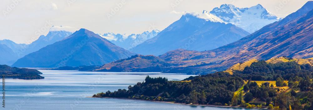 Fototapety, obrazy: lake wakatipu mountain on the way to glenorchy , south island , new zealand