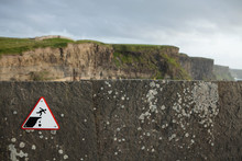 'Do Not Walk On Cliff' Sign