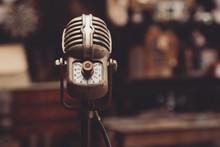Microphone Rétro Vintage Années 40