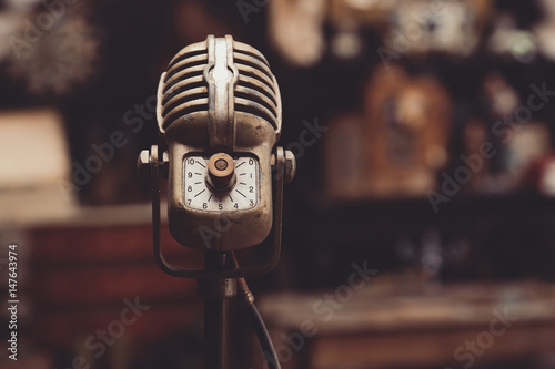 Photo microphone rétro vintage années 40