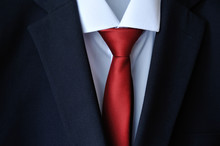Stylish Dark Blue Men's Suit And Red Tie