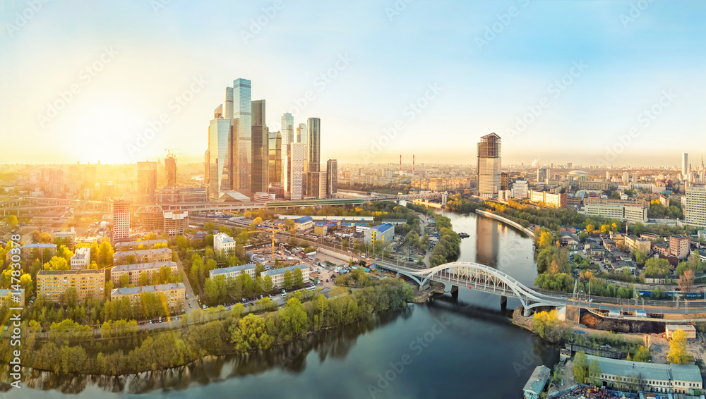 Fototapety, obrazy: Sunrise over Moscow City district and Moscow river