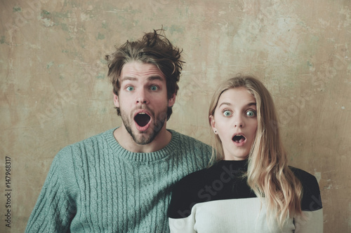 Wow! Surprised man and woman with open mouth, young couple Fototapet