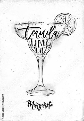 drink-margarita-w-specjalnym-kieliszku-na-bialym-tle
