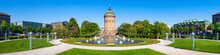 Mannheim Wasserturm Und Rosengarten Am Freidrichsplatz Im Sommer