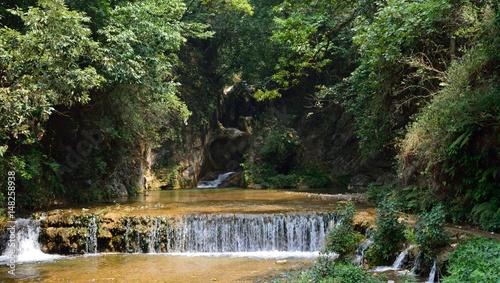 wodospad-w-mussoorie-indie