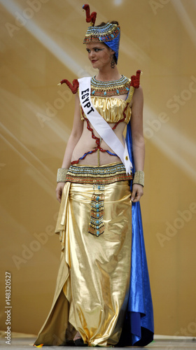 miss egypt ehsan hatem introduces herself in her national costume
