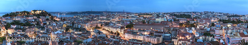 Photo sur Toile Europe Centrale Panorama on Lisbon city with old architecture
