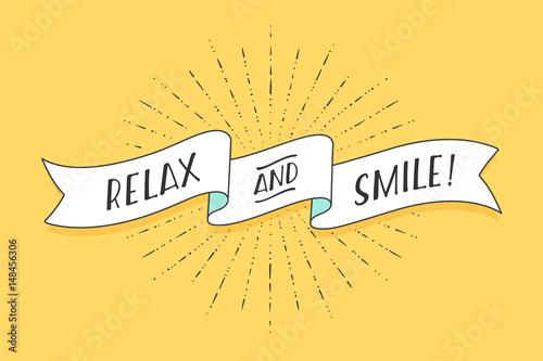 wstazka-z-tekstem-relax-and-smile-pozytywny