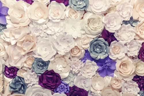 Fleur Background of paper flowers