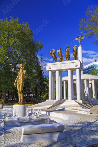 Foto op Plexiglas Historisch geb. Memorial of the Fallen Heroes of Macedonia, Skopje