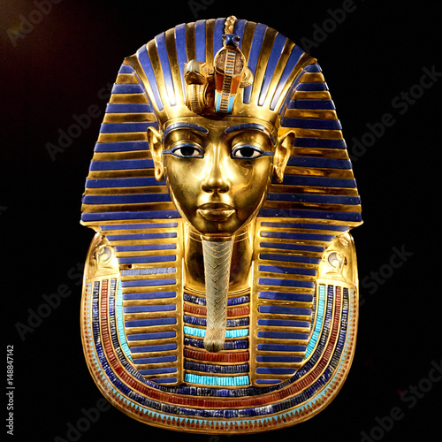 Photo Replica of funerary mask of Tutankhamun