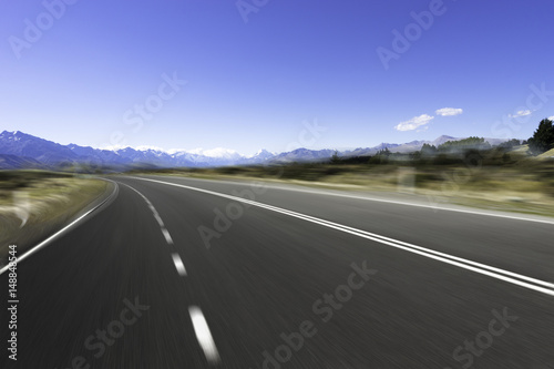 Foto op Aluminium Luchthaven empty road with blue sea in blue sky