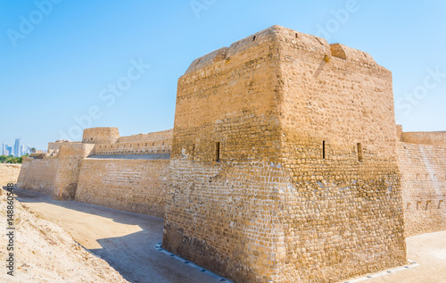 View of the Bahrain fort complex with the Qal'At Al Bahrain