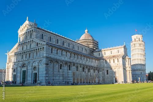 Valokuvatapetti Leaning tower of Pisa