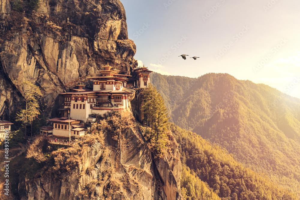 Fototapety, obrazy: Tiger's nest Temple or Taktsang Palphug Monastery (Bhutan)