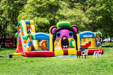 Trampoline, Inflatable Attract...