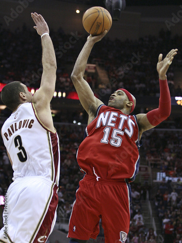 size 40 5f212 99258 New Jersey Nets' Vince Carter puts up a shot over Cleveland ...
