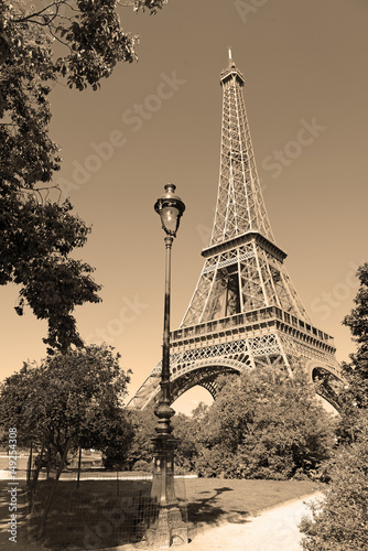 Valokuva  While French elections are making headlines, Eiffel Tower remains popular as ever with tourists, Paris France