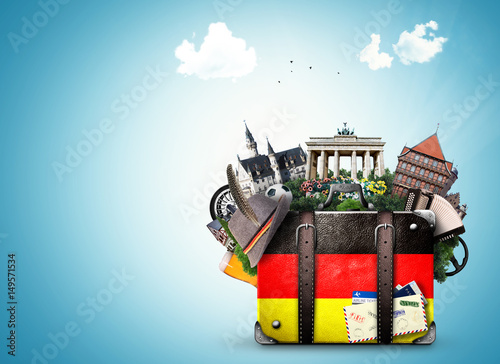 Cuadros en Lienzo Germany, german landmarks, travel and retro suitcase