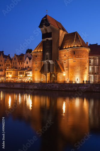 Fototapety, obrazy: Crane in Old Town of Gdansk at Night in Poland