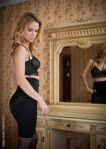 Sexy Blonde Short Skirt