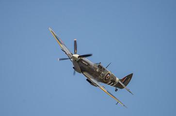spitfire na niebie
