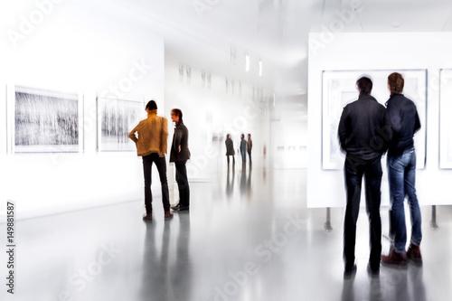 Valokuva  people in the art gallery center