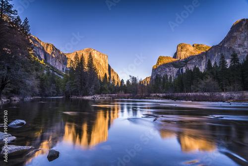 Yosemite Valley View Wallpaper Mural