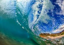 Sea Wave Closing Against Hawai...