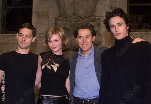 CAST OF FILM SPIDERMAN POSE ON FILM SET  - Buy this stock