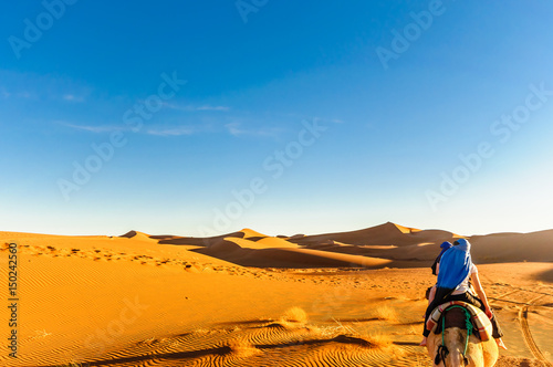 Tuinposter Marokko View of dunes in the dessert of Morocco by M'hamid