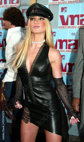 Singer Britney Spears Arrives At The 2002 MTV Video Music Awards Radio City Hall