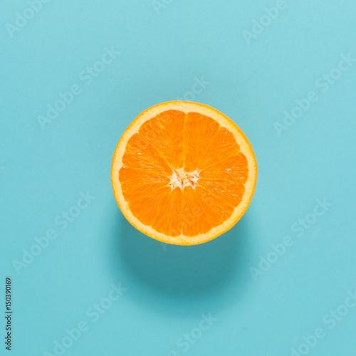Fotografía Halved fresh orange