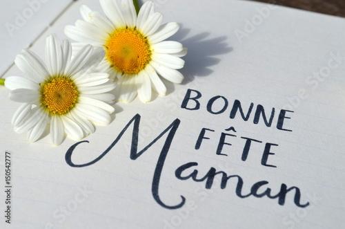 Papiers peints Marguerites Carte « Bonne Fête, Maman» avec marguerites