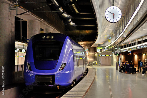 Foto auf AluDibond Bahnhof Train Station