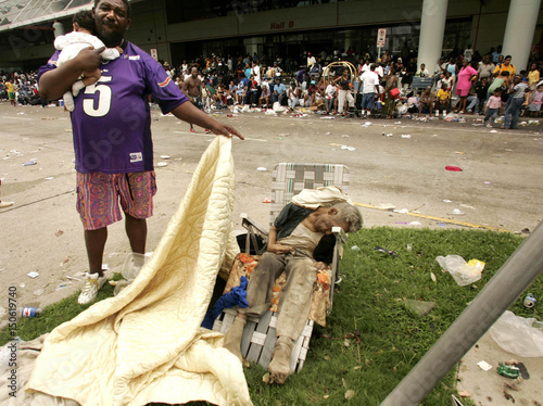man uncovers body of a dead man outside new orleans convention