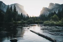 Merced River, Yosemite Nationa...