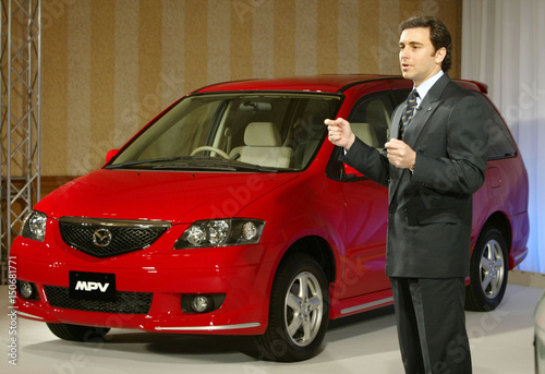 MAZDA MOTOR CORP PRESIDENT MARK FIELDS ANNOUNCES NEW MINIVAN MPV