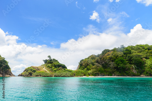 Foto op Plexiglas Eiland Sea landscape tropical island in the Andaman Sea, Myanmar