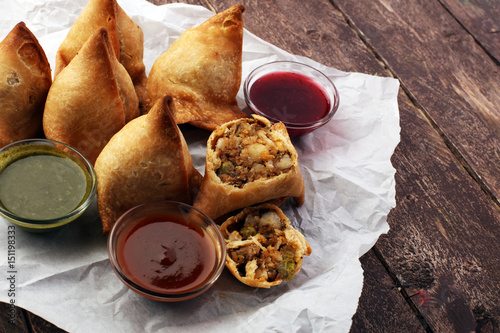 Obraz na plátně Indian special traditional street food punjabi samosa
