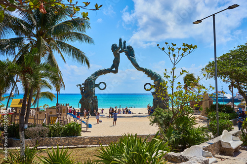Foto auf Leinwand Mexiko Famous Mermaid Statue at public beach in Mermaid Statue at Public Beach in Playa del Carmen / Fundadores Park in Playa del Carmen in Mexico