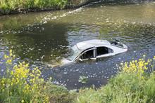 Car In The River Dearne, Wath ...