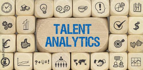 Talent Analytics / Würfel mit Symbole Wallpaper Mural