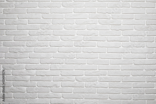Naklejki na meble z minimalistycznym wzorem białej cegły