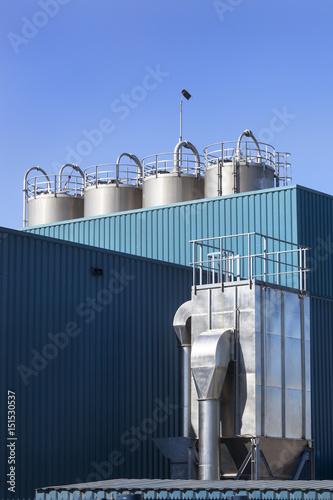 Tuinposter Industrial geb. Modern Industrial building