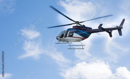 Türaufkleber Hubschrauber Helicopter flying the blue sky