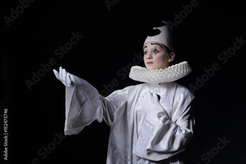 personnage de Pierrot, théâtre