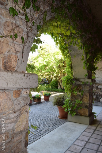 Recess Fitting Garden Stone Archway